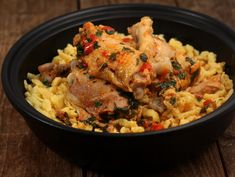 Pui cu galuste Poultry, Carne, Grains, Rice, Food, Backyard Chickens, Essen, Meals, Seeds