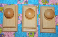3 Maple Quilt Hangers/ Clips