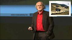 """Onlangs bekeek ik de presentatie van Jef Staes """"Ik was een schaap"""". Hij pleit voor diploma vrij onderwijs, functievrij werken en pensioenvrij leven"""