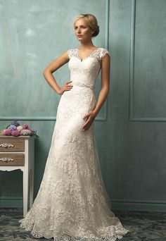 Antique Wedding Dress With V Neck Beads Cap Sleeve Sheer Back A Line Court Train Lace Glamorous Bridal Gown