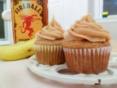 What do you do when you have a bunch of ripe bananas and a bottle of fireball whisky hanging around? Make some cinnamon banana cupcakes of course! And dump a bunch of fireball in there because why not! Fireball Cupcakes, Alcoholic Cupcakes, Alcoholic Desserts, Drunken Cupcakes, Whiskey Cupcakes, Alcoholic Shots, Gourmet Cupcakes, Cupcakes With Alcohol, Liquor Cupcakes