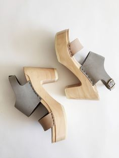 not normally into clogs but like this color scheme and modern design. 6 Two Tone Clog - Cement/Mocha Sock Shoes, Cute Shoes, Me Too Shoes, Shoe Boots, Clog Sandals, Flats, Walking, Shoe Closet, Fashion Shoes