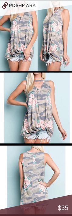 RANDIE floral top New never worn - medium super soft Tops