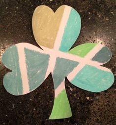 Shamrock Chalk Art- easy art project idea for St. Patric's Day