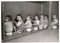 Photograph Postcard Eurasian Orphans Children C 1950 Postwar Occupied Japan | eBay. 戦争孤児たち。