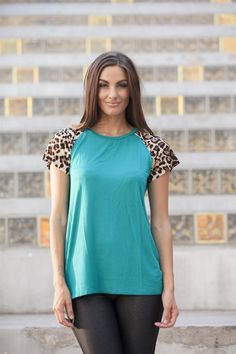 Leopard Sleeve Top – Boutique Amore`
