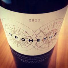 Also wenn Sie mal Lust auf einen richtig schweren und wuchtigen Spanier haben... der Prometus 2011 ist so ein Kandidat. Sehr lecker und temperamentvoll.   Und das Beste: Eine Flasche davon können Sie jetzt gewinnen!  http://www.weinbilly.de/cabernet-sauvinon/prometus-2011