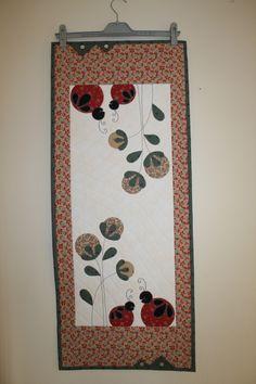 Måler 42 x 103 cm. Quilts, Quilt Sets, Log Cabin Quilts, Quilting, Quilt, Afghans