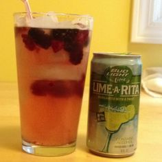 This is Budlight Lime-A-Rita with frozen raspberries and black berries. This is an easy summer drink. Very tasty! Bud Light Lime, Bud Lite, Lime Recipes, Drink Recipes, Yummy Recipes, Recipies, Yummy Food, Party Food And Drinks, Fun Drinks
