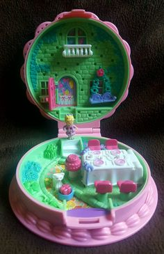 Hey, I found this really awesome Etsy listing at https://www.etsy.com/listing/483195611/polly-pocket-birthday-surprise