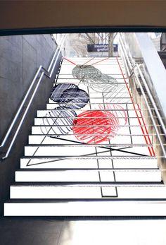 http://www.dipta.cat/sites/dipta/files/styles/normal/public/media/intervencio_artistica_metro_barcelona_alumna_eadt_juny_2014.jpg?itok=Y9VXd3Wp