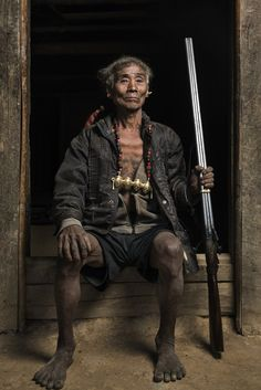 A Photographer Took Portraits Of India's Last Headhunter Tribe - BuzzFeed News