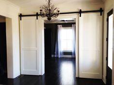 interior barn door ideas in a room | HomeFurniture.org