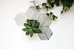 Seco / Dutch Design / Steel Coasters by Cecilia Valentine / Puik Art / 3D/Coaster/Steel/Geometric (19.95 EUR) by PuikArt