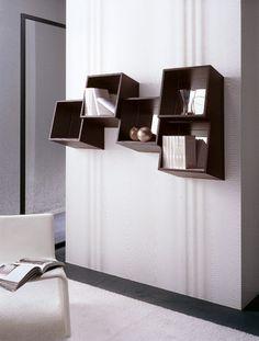 Picchio square wall mounted book shelf