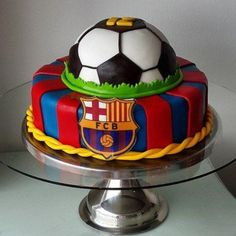 New Cake : Football pie models, football birthday cake, football player birthday party, Birthday Cake Kids Boys, Football Birthday Cake, Soccer Birthday Parties, Cake Birthday, 10th Birthday, Happy Birthday, Cupcakes, Cupcake Cakes, Bolo Do Barcelona