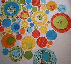 Fun quilt.  No pattern,but site does have some cute applique patterns.