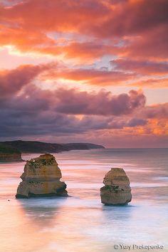 Gibson Steps Sunset - Twelve Apostles Marine National Park - Victoria, Australia