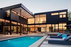 Modern Home in Oakville Ontario - modern - Exterior - Toronto - Peter A. Sellar - Architectural Photographer