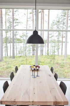 Linjakas kesähuvila Sysmässä is part of Modern barn house - Cottage Garden Plan, Cottage Garden Design, Unique Cottages, Inside A House, Modern Barn House, World Decor, Scandinavian Home, Log Homes, Home And Living