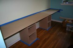 exactly how i want to build a sewing/craft desk downstairs
