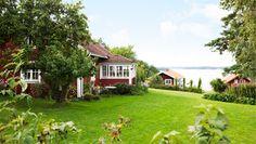 A summer house in Sankt Annas skärgård.