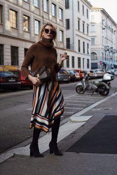 Fashion Blogger Outfit: so trägt man einen Midirock im Winter!