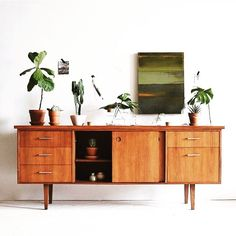 beauty of credenzas. the beauty of credenzas. / sfgirlbybaythe beauty of credenzas. Teak Furniture, Furniture Design, Furniture Ideas, Office Furniture, Furniture Market, Retro Furniture, Modern Interior, Interior Design, Midcentury Modern