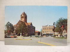 Square & Courthouse; Monmouth, Illinois Postcard