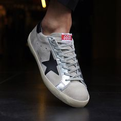 Golden Goose 17 F/W Men's LowTop Superstar Sneakers Deluxe Brand Superstar Sneakers, Sneakers Fashion, Shoes Sneakers, Golden Goose, Business Casual, Designer Shoes, Running Shoes, Converse, Vintage Fashion