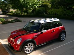 MINI Cooper roofs | mini with a checkered roof