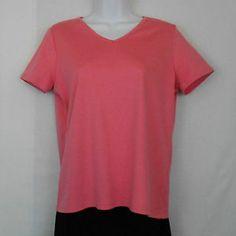 LL Bean Pima Cotton Pink V-Neck Short Sleeve Top / Shirt / Tee Womens Size M www.bevsthisnthatshop.com