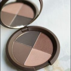 Becca eyeshadow quad in Galactica - final price Becca eyeshadow quad used once - bought a month ago (just not my colors). Retails for $40. BECCA Makeup Eyeshadow