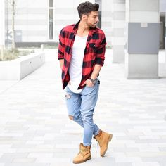 tan boots and plaid tees - men street style
