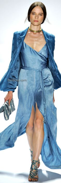 Elie Tahari Spring 2012 Ready-to-Wear Fashion Show Runway Fashion, Fashion Show, Fashion Design, Couture Fashion, High Fashion Dresses, Fashion Outfits, Elie Tahari, Color Azul, A Boutique