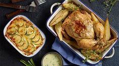 Pieczony kurczak z serem gorgonzola, gruszkami i orzechami włoskimi z zapiekanką z cukinią Turkey, Chicken, Meat, Dinner, Recipes, Food, Dining, Turkey Country, Food Dinners
