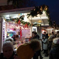 Visiting Zagreb in Advent is a awesome experience! Nearly on every street you can find some small huts with punch or some selfmade stuff. Best place to come in christmas feeling! Christmas Feeling, Top Destinations, Natural Wonders, All Over The World, Advent, Punch, Vacation, Park, Street