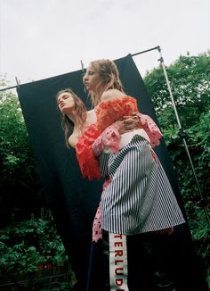 Wonderland. Magazine EDITORIAL: GARDENING Summertime lounging in an English country garden. And in Gucci.