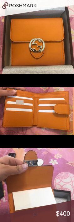 Gucci bifold wallet Gucci bi-fold wallet Gucci Bags Wallets