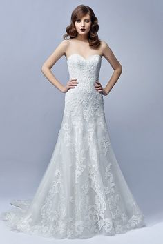 Lace wedding dress idea - soft tulle and lace modified A-line gown with strapless sweetheart neckline. Style Julia  by @enzoani.