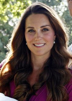 Kate Middleton looks flawless in the royal baby's first official portrait!