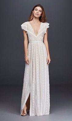Tendance Robe du mariée  2017/2018  45 Wedding Dresses Perfect For Beach Weddings