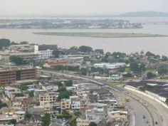 Vista del Rio Guayas desde el Cerro del Carmen. Guayaquil - Ecuador