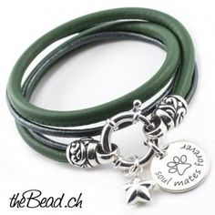 Lederarmband mit Gravur Anhänger ♥ Schmuck online kaufen Bracelets, Silver, Jewelry, The Last Song, Chain, Ring, Bangle Bracelets, Jewellery Making, Jewerly