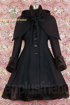 Fanplusfriend Classic Gothic Lolita: Heavy Wool & Fur Coat with Hood Cape