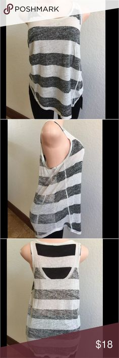 Zara WB Collection Black/white striped Sleeveless Zara WB Collection Black/white striped Sleeveless Tank Top Medium size, looks like NEW !! Zara Tops Tank Tops
