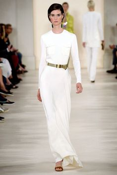 His colors were olive, all white and bold shots of magenta and yellow. The all-white looks felt long and elegant in that signature Ralph way, and were on trend with what's been happening on the runways.