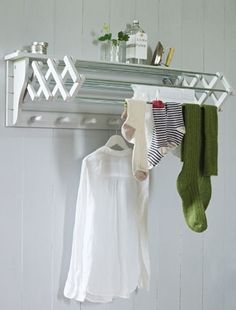 Wall Mounted Extendable Clothes Dryer