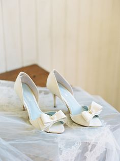 Ivory bow heels: http://www.stylemepretty.com/2017/01/17/the-wedding-of-ana-cristina-cash-john-carter-cash-son-of-june-carter-johnny-cash/ Photography: Perry Vaile - http://www.perryvaile.com/