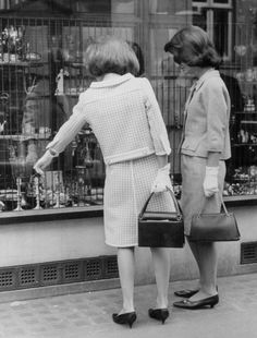 Jackie and Lee shopping